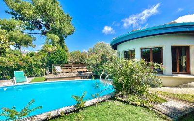 LA HUME – Villa en première ligne sur le port avec piscine